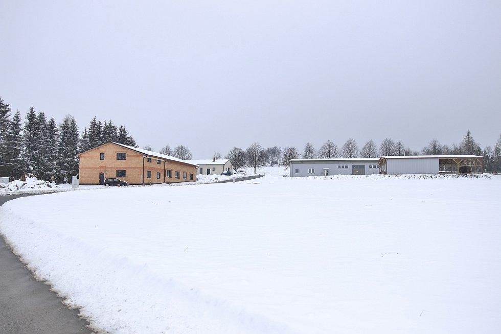 Průmyslová zóna v Jiřicích.