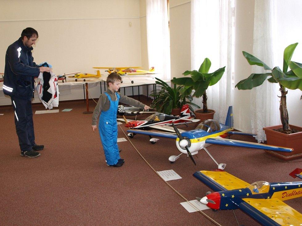 Výstava Leteckomodelářského klubu Jiřice v Humpolci