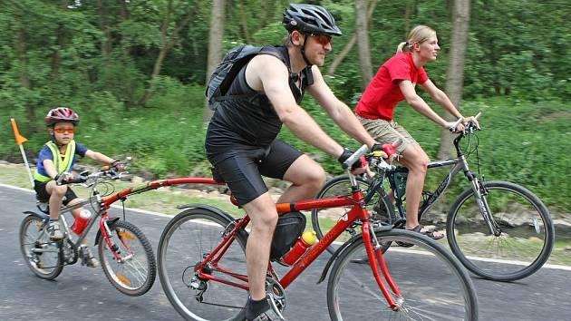 První cyklostezka v Pelhřimově začala od úterý sloužit všem milovníkům kol