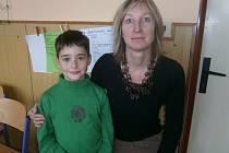 Učitelka Dana Sochorková a její žáci
