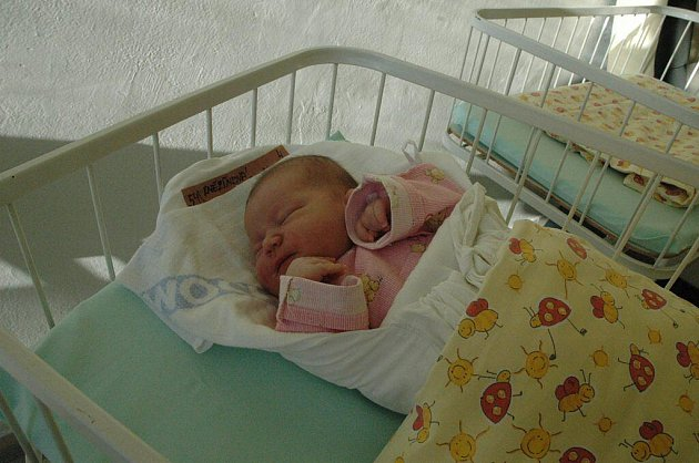 Karolína Kněžínková, 27. 10. 2010, Božejov, 3 890 g