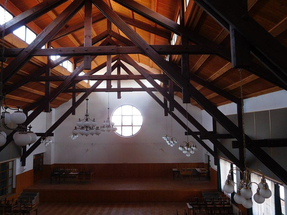 V obci Veselá hledají do pohostinství, které sídlí v tamním kulturním domě, nového hospodského.