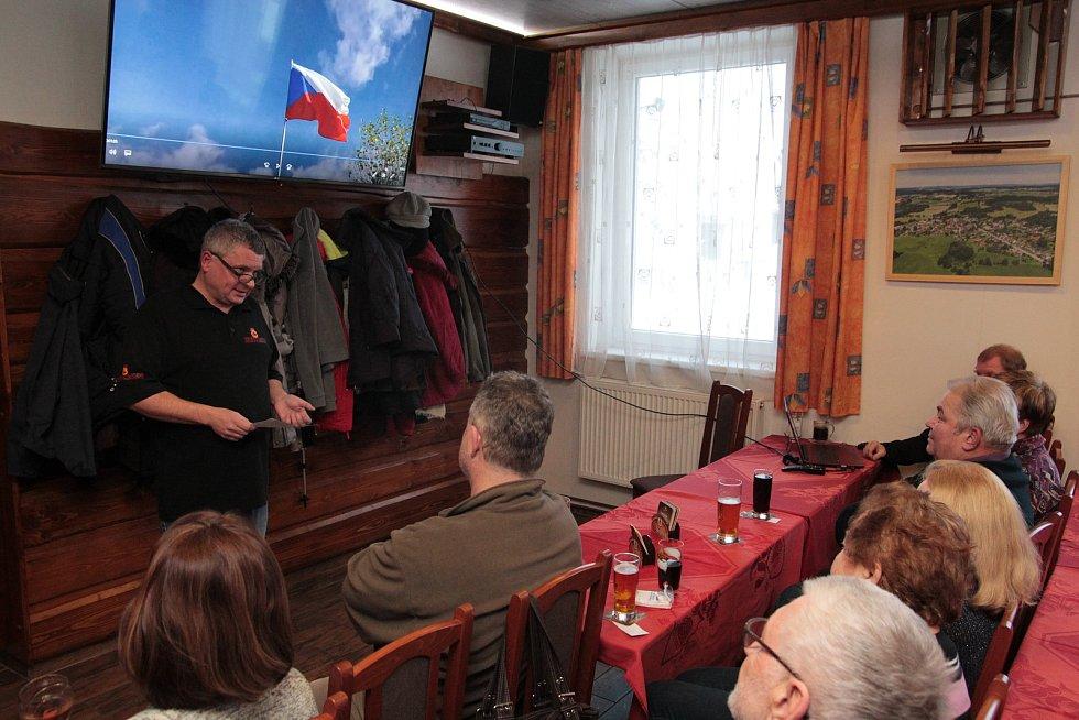 V sobotu 20. ledna se film Řeky Vysočiny promítal v Kališti. Hasičská klubovna byla zaplněna do posledního místa.