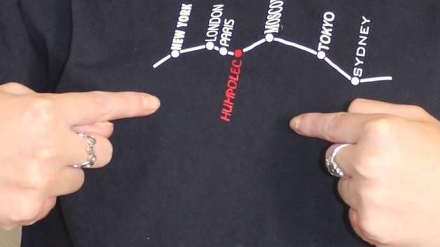 Humpolec je vyznačen mezi světovými metropolemi.