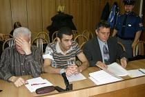 Mohamed Ali Houatmia (uprostřed)