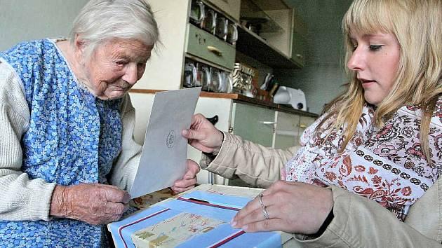 Nejstarší obyvatelka Vysočiny Marie Matoušková z Cetoraze volila doma.