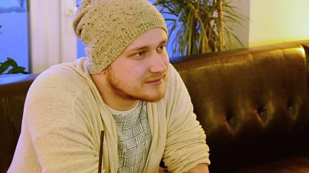 Zpěvák Václav Lebeda, známý jako Voxel, se nenechává strhnout popularitou.