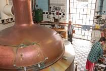 Letitá varna v pelhřimovském pivovaru dosloužila, firma připravuje v nejbližší době její rekonstrukci. Návštěvníci zítřejšího dne otevřených dveří budou mít v rámci prohlídek příležitost zavítat do míst staré varny naposledy.