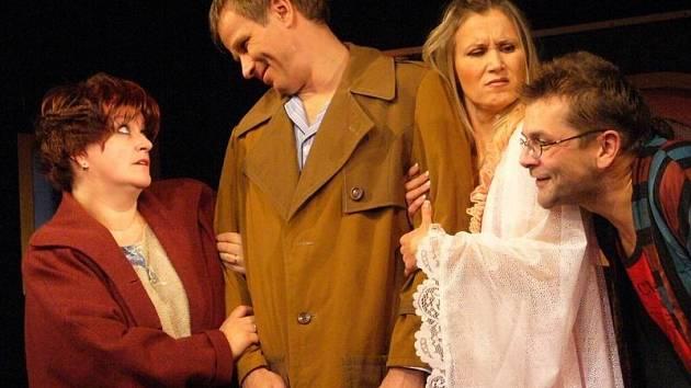 Bude představení, které do Pelhřimova přiveze příští čtvrtek Docela malé divadlo zLitvínova.