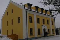 Nový dům s pečovatelskou službou v Červené Řečici.