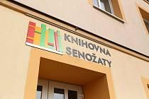 V centru Senožat vzniká nová obecní knihovna.