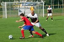 Fotbalisté Pelhřimova jedou podruhé za sebou na hřiště soupeře. Dnes se představí v Otrokovicích a zápas je to pro ně důležitý. Další prohra by byla velmi nepříjemná.