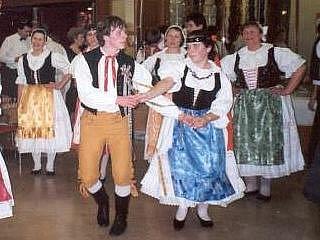 Soubor Trnávka vystupuje na celé řadě folklorních akcí. Hudbou a zpěvem se členové pobaví i o víkendu.