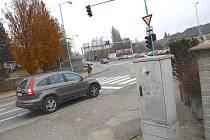 Na křižovatce u hotelu Rekrea jsou semafory načasovány stále stejně, i proto nemohou navazovat.