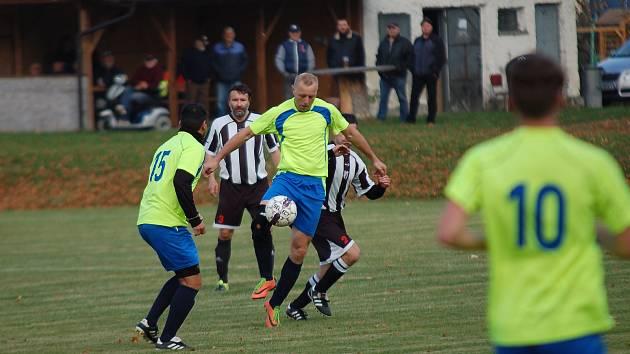 Fotbalisté Horní Cerekve Plačkov vůbec nešetřili. Nastříleli mu devět branek, navíc celou řadu šancí neproměnili.