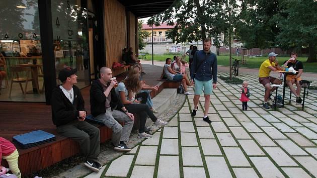 Ve Stromovce byl program také v pátek 2. srpna večer.