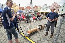 Okresní město má za sebou šestadvacátý ročník festivalu Pelhřimov – město rekordů. Nenechalo si ho ujít kolem deseti tisíc diváků. Masarykovo náměstí rekordo ožilo v pátek a v sobotu.