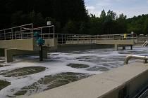 Práce na pelhřimovské čističce běží a zarhnují i nově spuštěnou biologickou linku (na snímku).