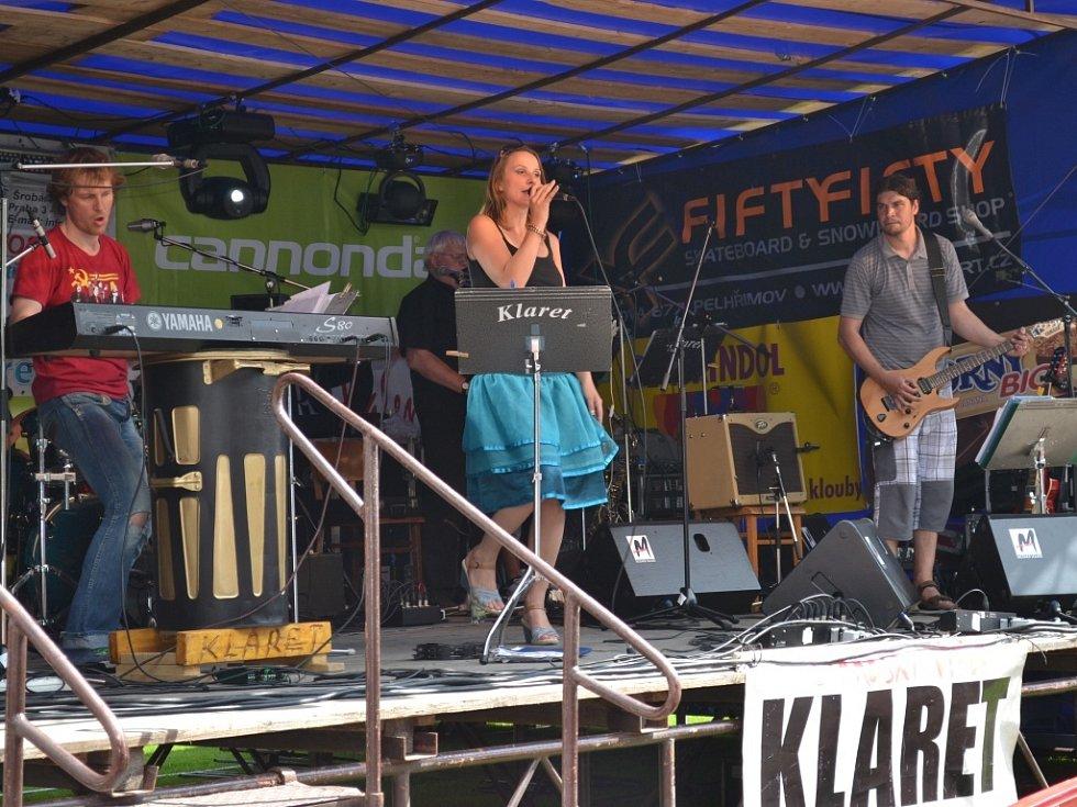 Na Slavnostech města vystoupila kapela Klaret - Strážský výběr.
