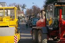 Ruch se v opravované ulici oproti létu zvýšil.