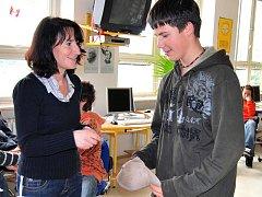 Žáci za své snažení získali odměnu. Zvítězili v ekologické soutěži.
