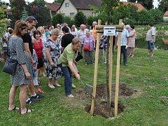 Po pěti letech se opět sešli rodáci ze Skrýšova u Pelhřimova. Akce se konala již potřetí.