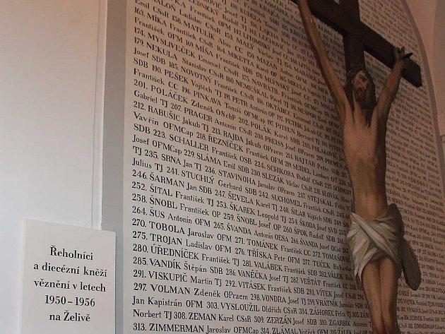 Jména všech 464 internovaných kněží a řeholníků jsou v želivském klášteře na důstojném místě.