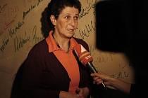 Věra Roubalová  při uvedení dokumentu Ženy Charty 77.