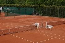 Tenisové kurty TK Pelhřimov, na kterých trénuje Jakub Zeman