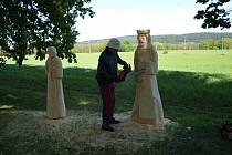 Řezbář Ivan Šmíd na loňském Dni přírody