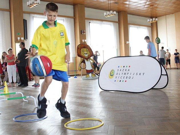 Za školáky ze Základní školy a Mateřské školy Košetice přijely basketbalové hvězdy.