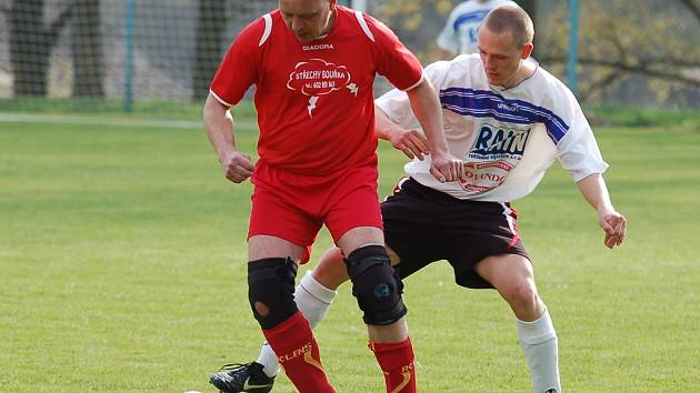 Už 35 gólů nastřílel budíkovský Lukáš Kavka. Pokud ho obrana Plačkova uhlídá, není vyloučené, že se bude korunovace přeborníka okresu odkládat.