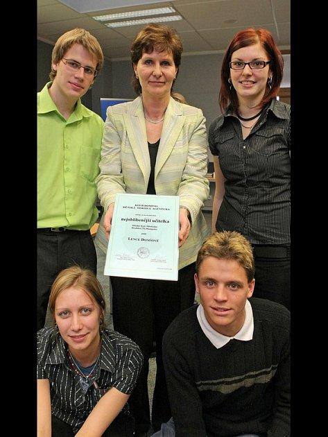 Lenka Domšová se stala nejoblíbenějším učitelem své školy.