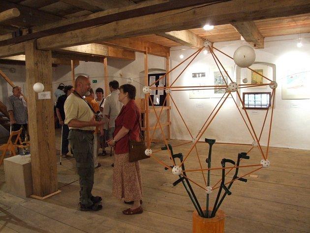 Vernisáž v Těchobuzi stálé expozice Bernarda Bolzána
