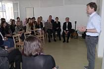 Protagonistou premiérové tematické přednášky v Drechselově vile byl odborník a poutavý vypravěč Zdeněk Lukeš.
