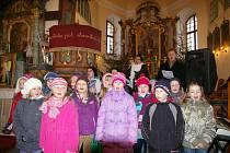 Koncert dětí a Jakuba Pustiny v Častrově