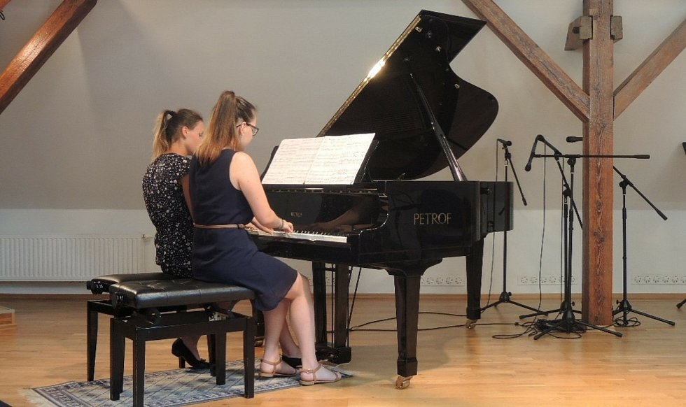 Základní umělecká škola Gustava Mahlera v Humpolci letos slaví 75 let od svého založení.