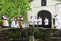 Folklorní slavnost Vylévání studánek na Křemešníku 2021