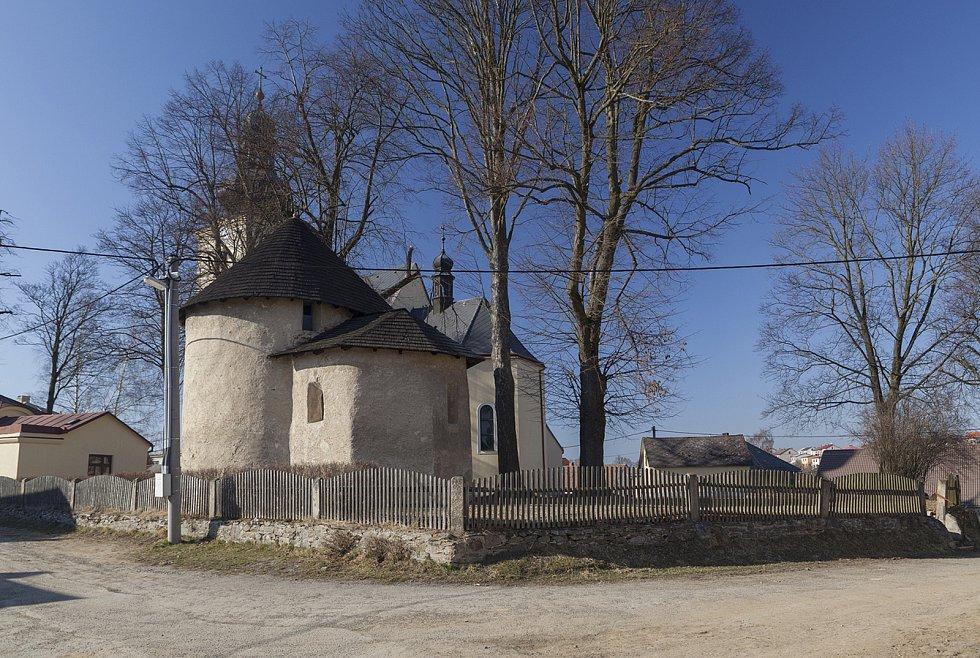 Kostel sv. Václava ve Stonařově.