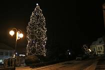 Vánoční strom v Žirovnici.
