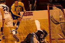 Florbalisté Spartaku Pelhřimov dokázali Ostravu porazit jen jednou. Z tohoto důvodu se z postupu do I. ligy radoval jejich soupeř.