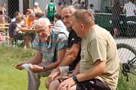 Bernard Cup to je letní akce se vším všudy – fotbal, dobré jídlo a pití, odpoledne zábava pro děti, večer pak pro dospělé. Ve Speřicích si jí váží. Foto: Deník/Kamil Vaněk