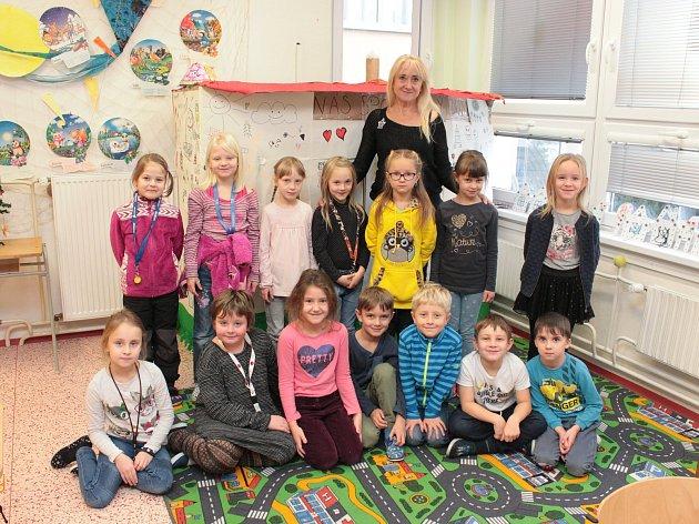 Na fotografii jsou žáci ze ZŠ Nový Rychnov, 1.třída paní učitelky Dagmar Pohanové.