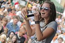 Zpěvačka Ewa Farna odstartovala čtrnáctý ročník humpoleckých Hudebních slavností s pivem Bernard.