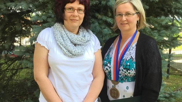 Setkání rodáků si užily i starostka Jana Bečková a místostarostka Lenka Šeniglová.