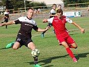 Fotbalisté Pelhřimova zlomili odpor Speřic až po přestávce.