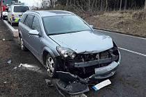 Zranění řidiče osobního vozidla si vyžádala nehoda, k níž došlo v neděli dopoledne krátce po deváté hodině u obce Kámen na Pelhřimovsku.