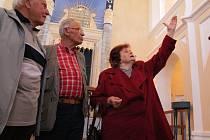 Desítky lidí už za první tři dny zamířilydo otevřené synagogy v Nové Cerekvi, pro  kterou začala letošní návštěvní sezona v úterý 2. června.