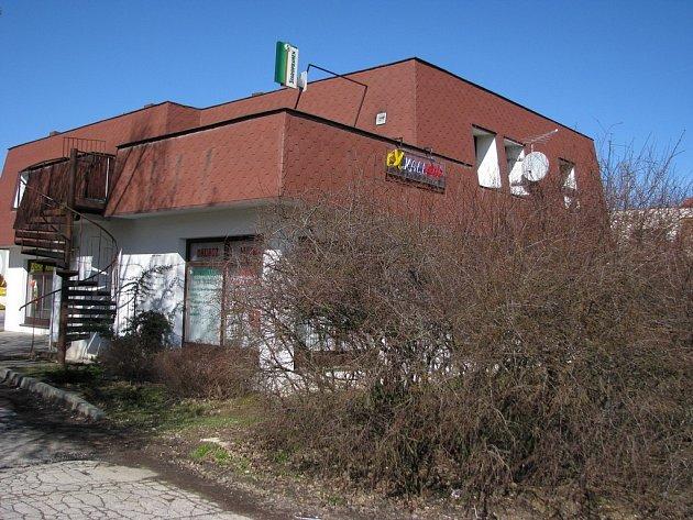 Bar Domeček - Exkalibar v Plehřimově