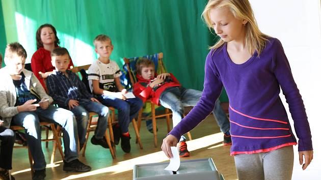 Školní volby v Olešné.